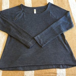 Lole light sweater